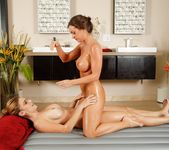 Abigail Mac, Ryan Ryans - Treat The Wife - Fantasy Massage 9