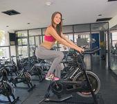 Gym - Kiara Lorens - Watch4Beauty 3