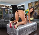 Alyssa Reece spreading her legs 11