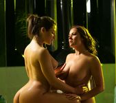 Elexis Monroe, Abella Danger - Is That Bad? 3