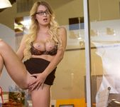 Natalia Starr Is The Business Woman You Want To Know 12
