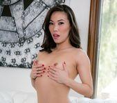 Alexis Texas, Dahlia Sky, Kalina Ryu - Lesbian Hot Wifing 24