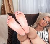 Alana Luv - mature playing with herself 7