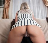 Alana Luv - mature playing with herself 9