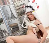 Foxy - amerindian pussy spread 11