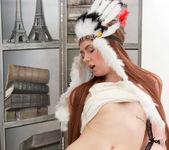 Foxy - amerindian pussy spread 13