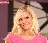 Candee Licious - hot blonde double fingering 5