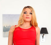 Bella Scaris - Busting On Bella - Mike's Apartment 4