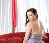 Sovereign Syre, Cherie DeVille - Guest House Lesbians 18