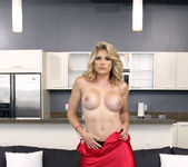 Cory Chase, Avalon - Virtual Step Mother - Moms Bang Teens 2