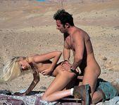 Claudia Jackson Crosses Through the Desert 9