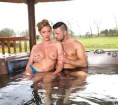Busty Blonde Milf Holly Kiss Gets Wet & Wild in a Jacuzzi 2