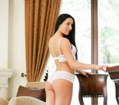 Denisa Deen - Pleasure Plains - 21Naturals 2