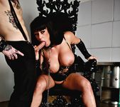 Cum Loving Cougar Kerry Louise Satisfies Her Hunger For Cock 5