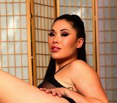 London Keyes works her wet Asian pussy 3