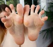 Stella Cox Lovely Feet Covered in Jizz 4