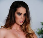 Busty Alison Tyler posing totally nude 7