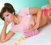 Sammy sucks her popcorn - Spinchix 12