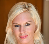 Jewel - Classy Blonde - FTV Milfs 3