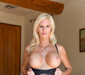 Jewel - Classy Blonde - FTV Milfs 5