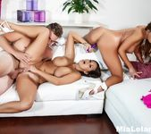 Threesome fucking with 2 stacked chicks and their roommate 8