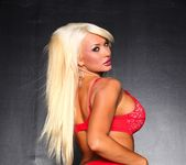 Summer Brielle strips out of her lingerie 9