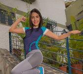 Athletic Woman - Camila Saint - Watch4Beauty 3