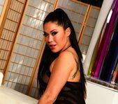 London works her wet pussy - London Keyes 4