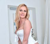 Lili Peterson - Sexy Milf 11