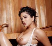 Sunny Leone - Hot Sauna 7