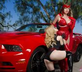 Angela Sommers - Ms Marvel VS Scarlet Witch 2