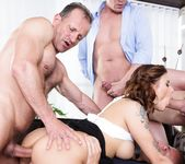 Billie Star - 4 on 1 Gang Bangs #08 - Doghouse Digital 9