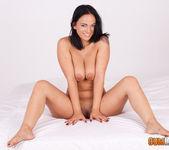 Claudia Bavel - Claudia rises to fame with Antonio Aguilera 4