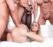 Brittany Bardot - 4 on 1 Gang Bangs #08 - Doghouse Digital 13