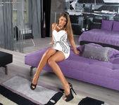 Maria Rya - InTheCrack 4