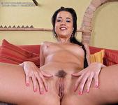 Antonia Sainz - InTheCrack 14
