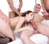 Stacy Snake - 4 on 1 Gang Bangs #08 - Doghouse Digital 10