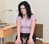 Montse Swinger - Sexy Business Lady 3