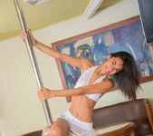 Pandora Mendoza - strip practice 6