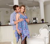 Ayda Swinger - Natural Flavor - 21Sextury 2