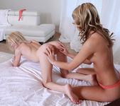 Kenna James, Sammie Daniels - Lesbian Anal Pleasure 9