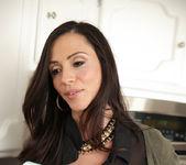 Ariella Ferrera, Sara Luvv - A Family Affair 4