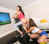 Maddy Oreilly, Shyla Jennings - Play Nice - We Live Together 3