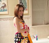 Jasmine Wolff - Bubbly - ALS Scan 2