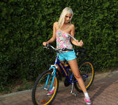Bridget Brooke - Nude Cyclist - ALS Scan 3