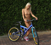 Bridget Brooke - Nude Cyclist - ALS Scan 6