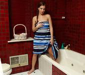 Maddy OReilly - Washroom Wonder - ALS Scan 3