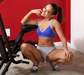 Sara Luvv - Physical Training - ALS Scan 5