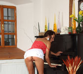 Anastasia - The Pianist - ALS Scan 3