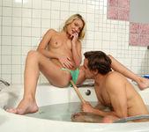 Dakota Skye, Tyler Nixon - Bath Mate - ALS Scan 7